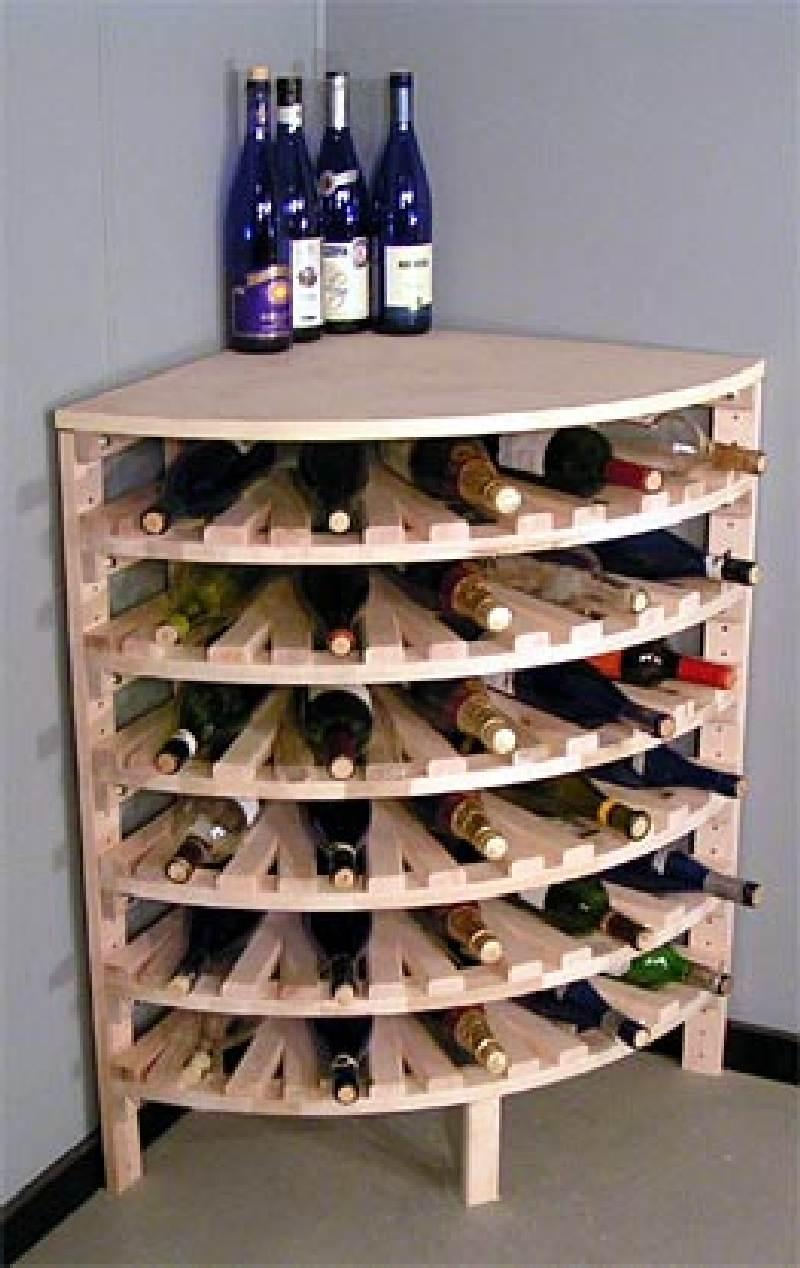 Stojan na víno rohový