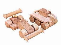 Hraèka drevìná - zvìtšit obrázek