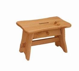 Døevìná stolièka se zásuvkou - zvìtšit obrázek